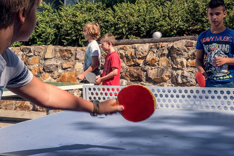 schulhof-tischtennis-hsg